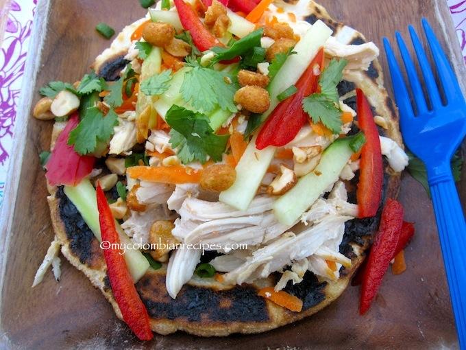 Arepa Thai de Pollo (Thai Chicken Arepa)