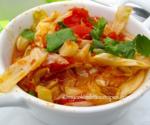 Repollo Guisado (Colombian-Style Stewed Cabbage)