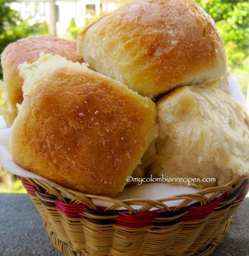 Mojicones o Pan Mojicón (Colombian Sweet Rolls)