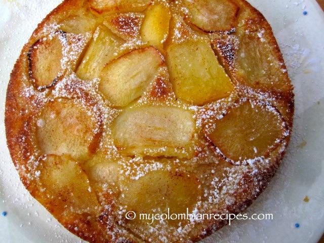 Torta de Manzana (Colombian-Style Apple Cake)