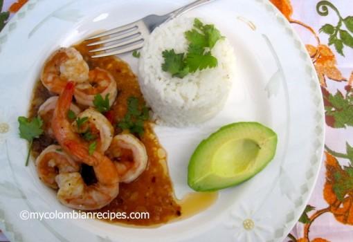 "<span class=""p-name"">Camarones con Salsa de Tamarindo (Shrimp with Tamarind Sauce)</span>"