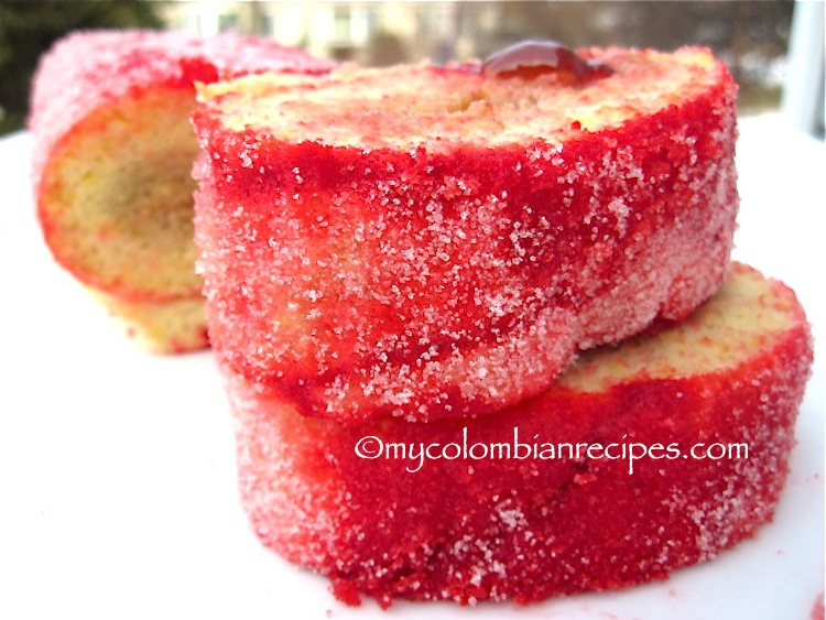 Rollo Rojo de Guayaba (Colombian Red Roll Cake with Guava)