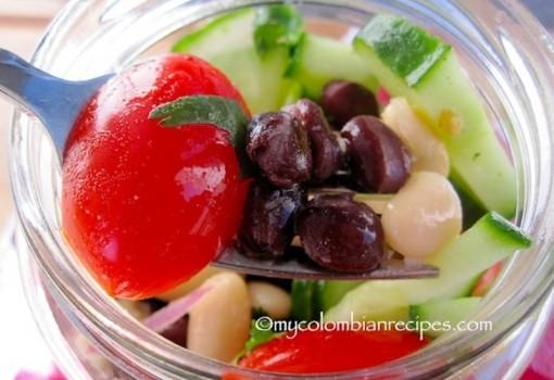 Black and White Bean Salad (Ensalada de Frijoles Negros y Blancos)