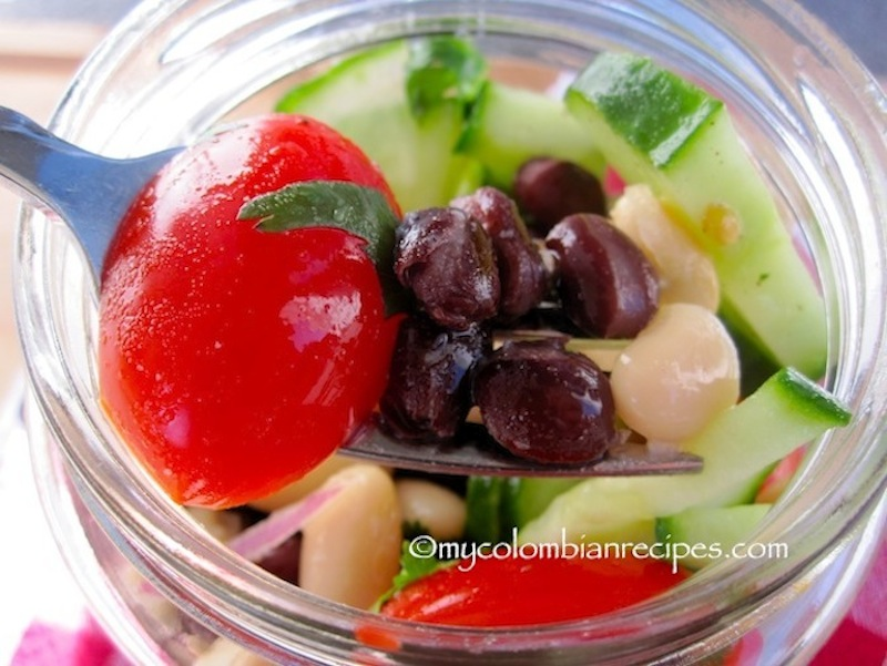 Black and White Bean Salad (Ensalada de Frijoles Negros y Blancos)