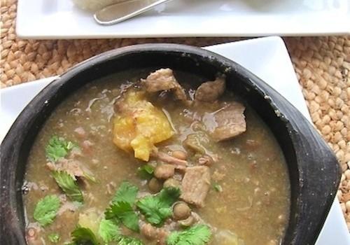 Sancocho o Sopa de Guandú (Pigeon Peas Colombian Soup)|mycolombianrecipes.com