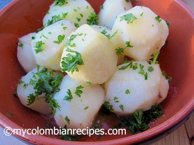 Papas al Perejil (Steamed Potatoes with Parsley)