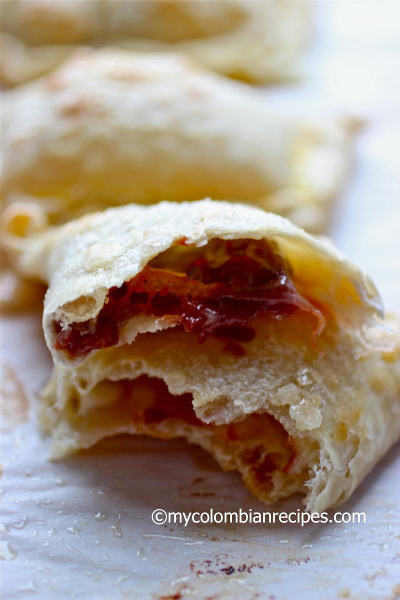 Empanadas de Bocadillo con Queso (Guava Paste and Cheese Empanadas)