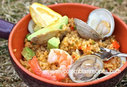 "<span class=""p-name"">Arroz Marinero (Colombian-Style Seafood Rice)</span>"