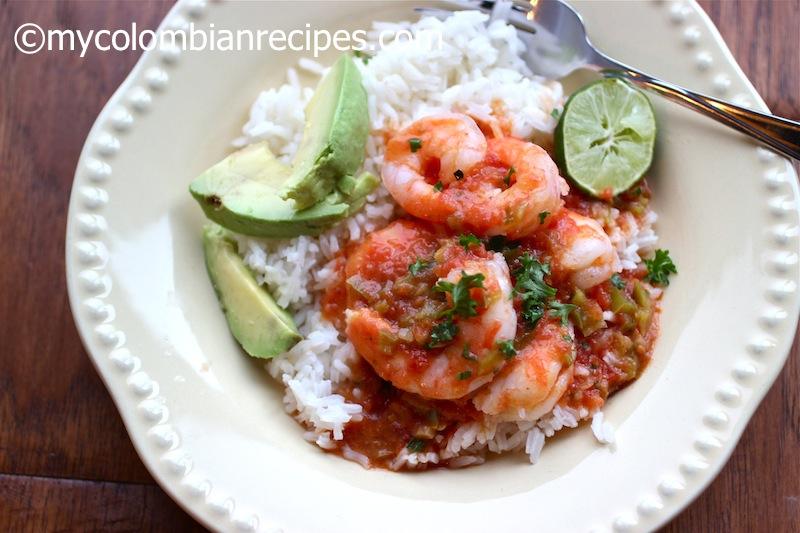 Guisado de Camarones (Shrimp in Creole Tomato Sauce)