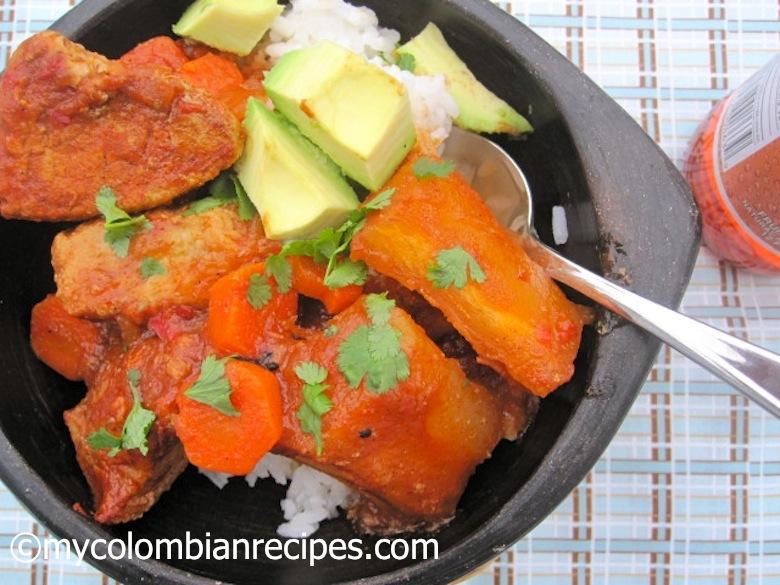 Estofado de Cerdo y Yuca (Pork and Cassava Stew)mycolombianrecipes.com