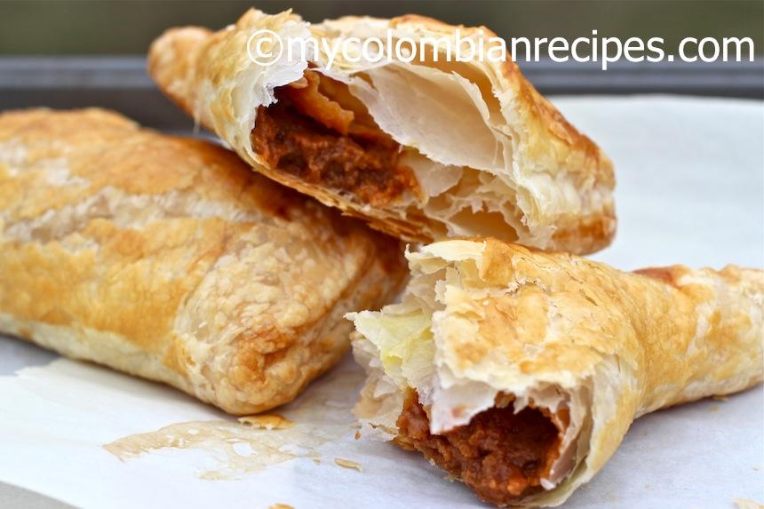 Pasteles de Arequipe (Dulce de Leche Turnovers)