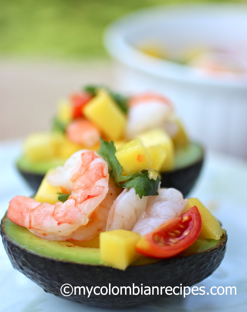 Stuffed Avocado with Shrimp and Mango Salad