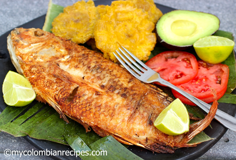 Pescado frito colombiano colombian style fried whole fish for Deep fried whole fish