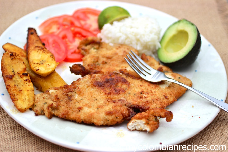 Chuleta de Pollo (Colombian-Style Breaded Chicken Breast)