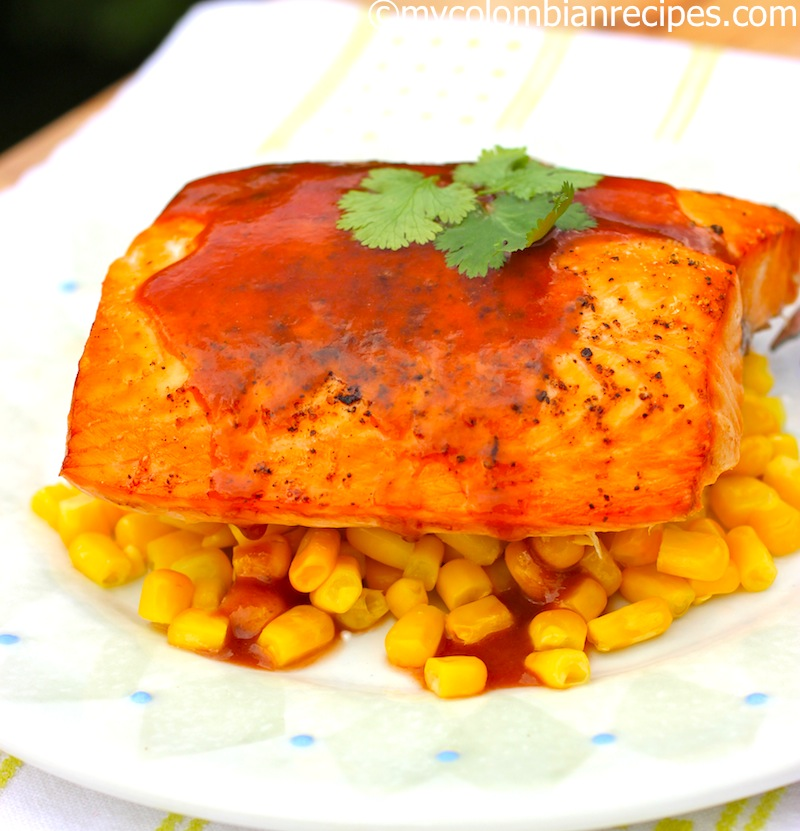 Salmon con Salsa de Guayaba (Salmon with Guava Sauce)