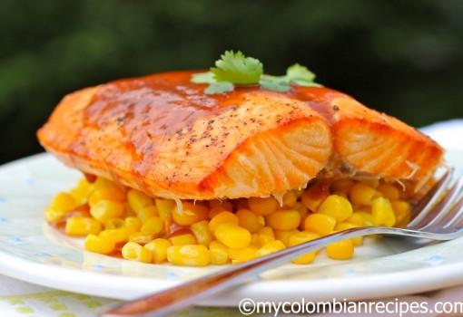 """<span class=""""p-name"""">Salmón con Salsa de Guayaba (Salmon with Guava Sauce)</span>"""