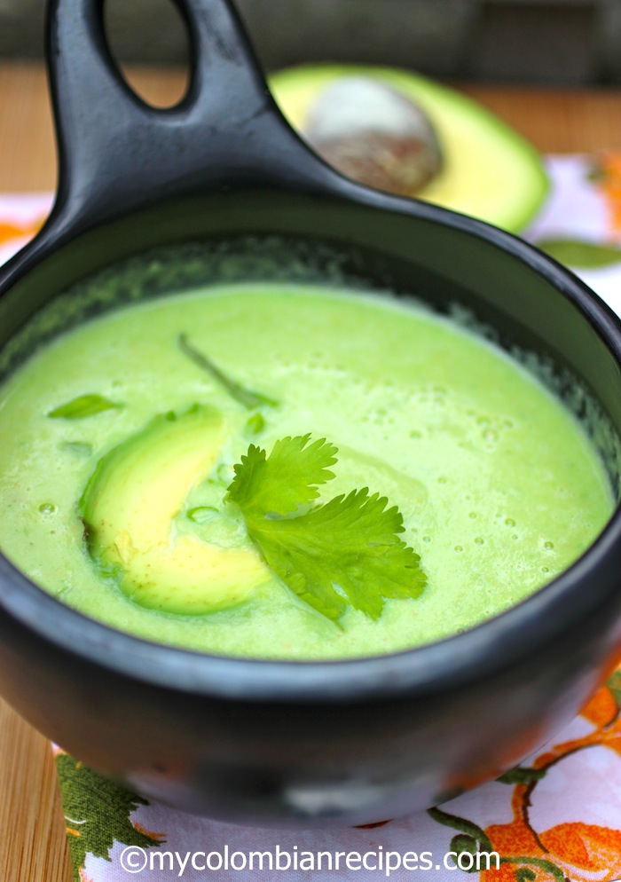 Colombian Creamy Avocado Soup