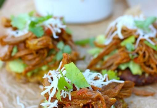 Patacones con Carne Desmechada  mycolombianrecipes.com