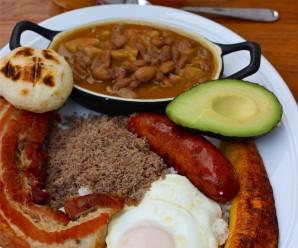 Mis Recetas Colombianas-Bandeja Paisa