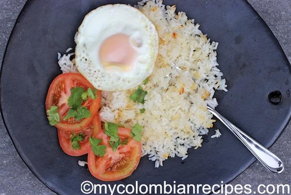 Pegao de Arroz o Pega (Crispy White Rice)