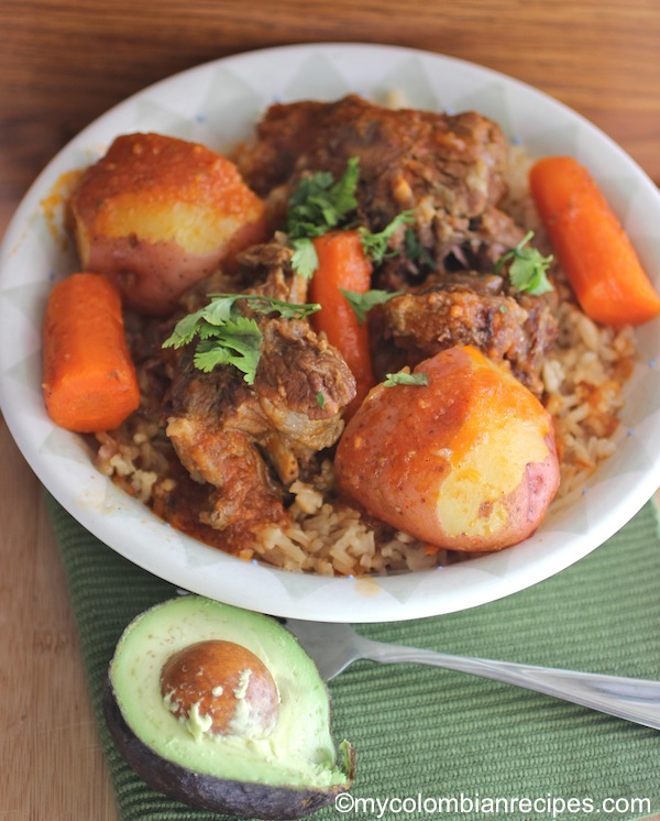 Guiso de Cola (Oxtail Stew)