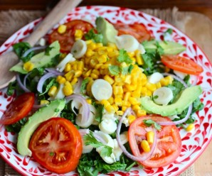 Ensalada de Palmitos y Maíz (Hearts of Palm and Corn Salad)