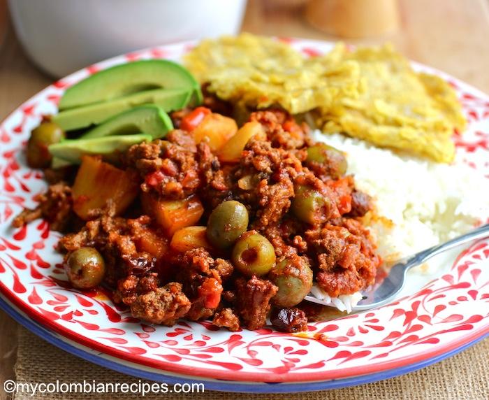 Chorizo and Beef Picadillo (Picadillo de Carne y Chorizo)