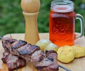 Chuzos o Pinchos de Carne de Res. Receta en español |mycolombianrecipes.com