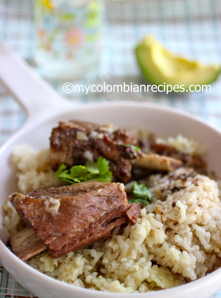 Slow Cooker Coca-Cola Short Ribs |mycolombianrecipes.com