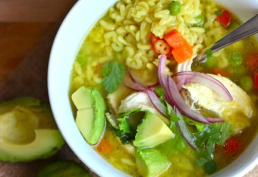 Sopa de Letras con Pollo (Alphabet and Chicken Soup)
