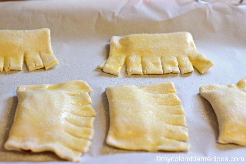 Chicharrones de Guayaba (Guava Paste Pastry)