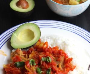 Chuletas de Cerdo a la Criolla (Pork Chops in Creole Sauce)|mycolombianrecipes.com