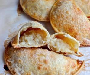 Empanadas de Arroz con Leche (Rice Pudding Empanadas)|mycolombianrecipes.com