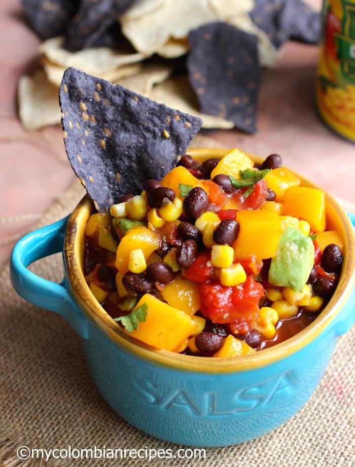 Mango Salsa|mycolombianrecipes.com