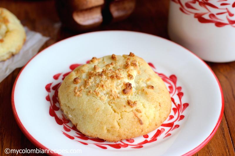 Garullas (Corn Meal and Fresh Cheese Bread)