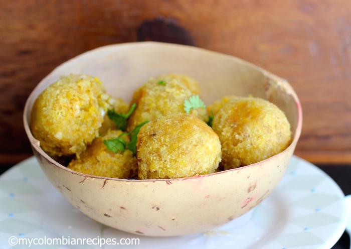 Jujú (Green Plantain and Cheese Balls)