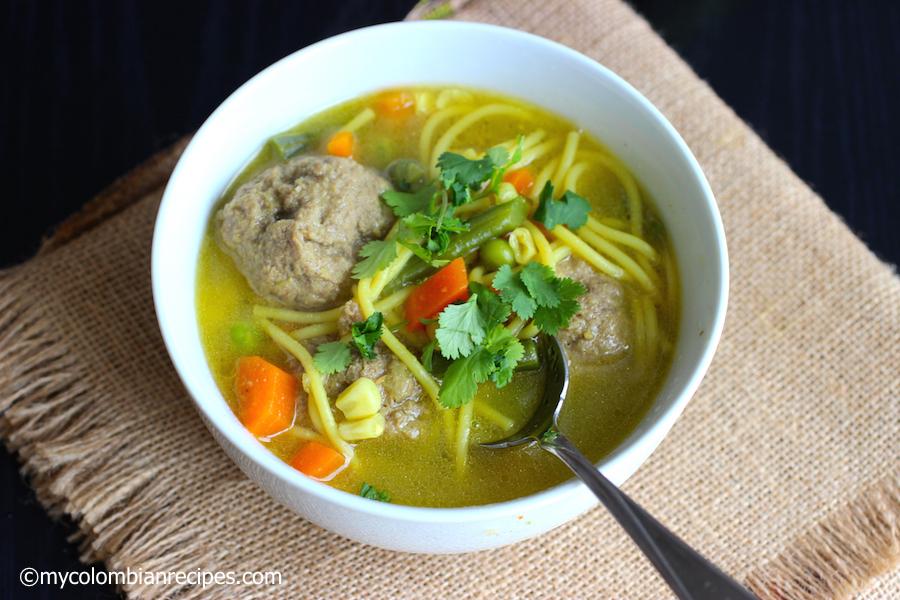 Sopa de Fideos con Albóndigas (Spaghetti and Meatballs Soup) |mycolombianrecipes.com