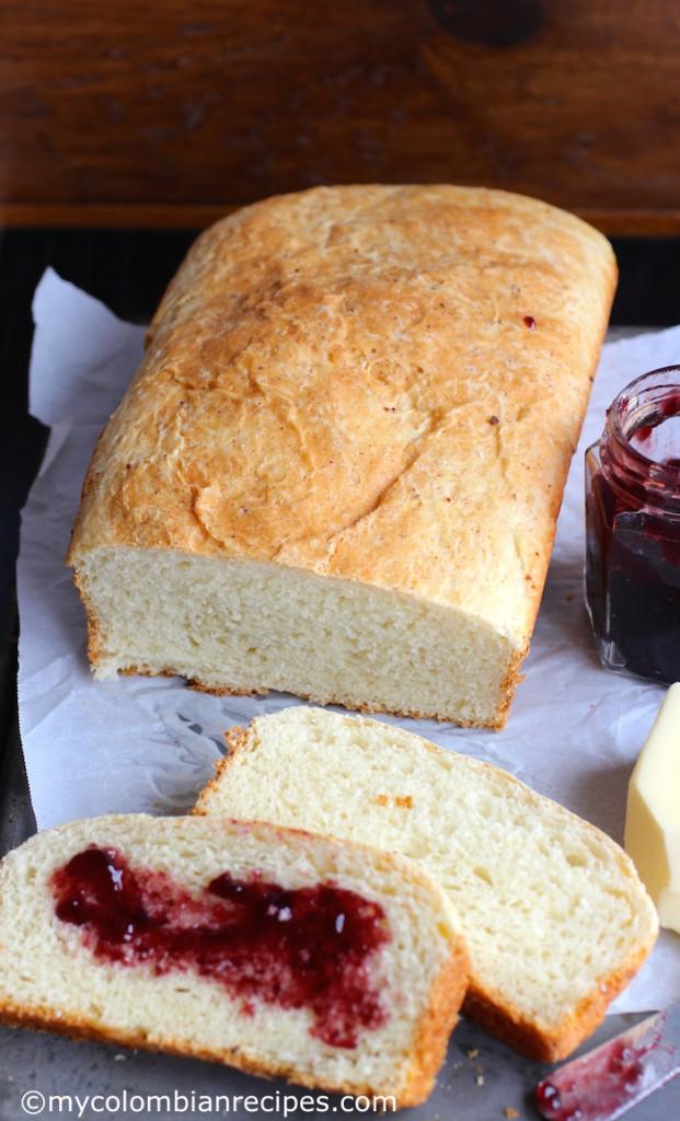 Pan Aliñado Colombiano (Seasoned Colombian Bread) |mycolombianrecipes.com