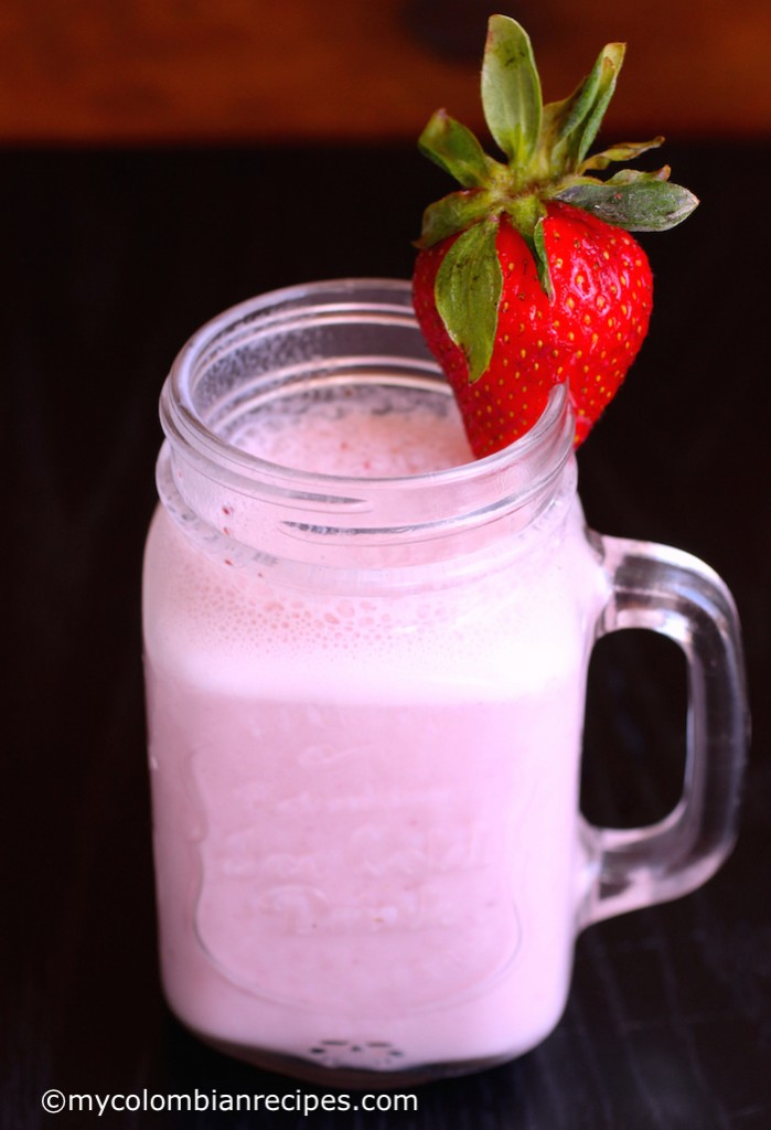 resa Colada (Strawberry Colada)