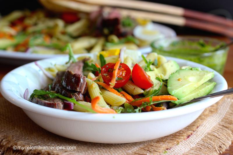 Penne Pasta, Steak and Chimichurri Salad|mycolombianrecipes.com