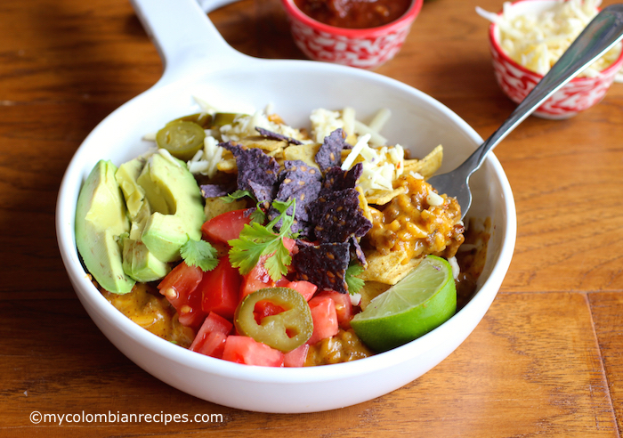 Crunchy Taco Rice and Beef Bowl |mycolombianrecipes.com