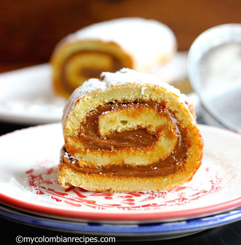 Dulce de Leche and Coconut Roll (Pionono de Arequipe Y Coco)