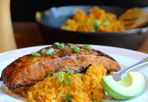 "<span class=""p-name"">Sweet Balsamic Salmon with Mashed Sweet Potato and Plantain</span>"