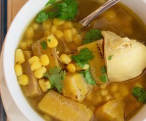 Sopa de Pollo y Plátano Verde (Chicken and Green Plantain Soup) |mycolombianrecipes.com