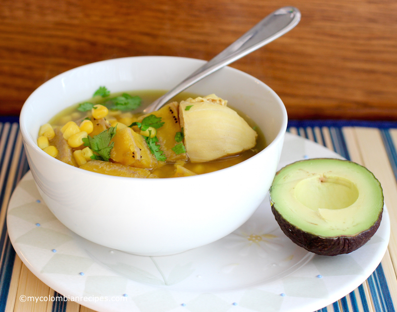 Sopa de Pollo y Plátano Verde (Chicken and Green Plantain Soup)