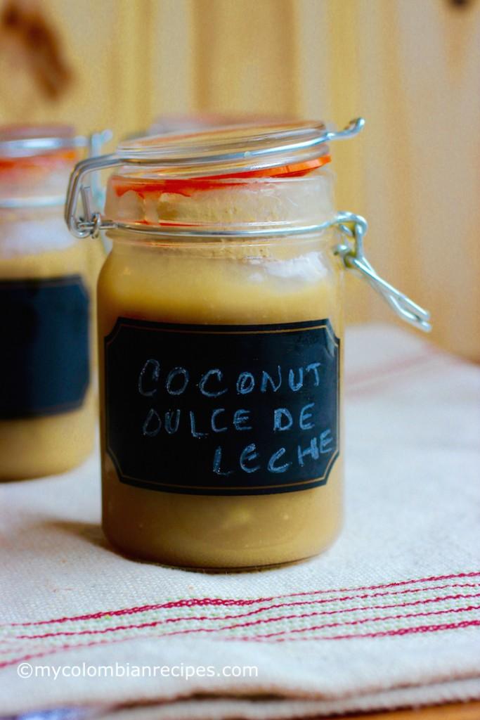 Arequipe de Coco (Coconut Dulce de Leche)