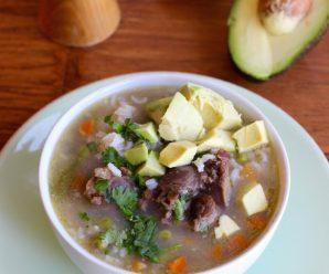 Sopa de Arroz con Cola y Verduras