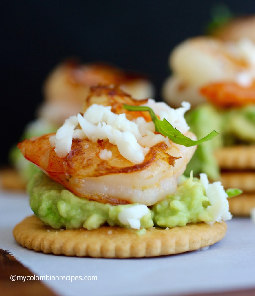Avocado and Garlic Shrimp Bites