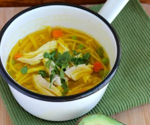 Sopa de Pollo y Pasta