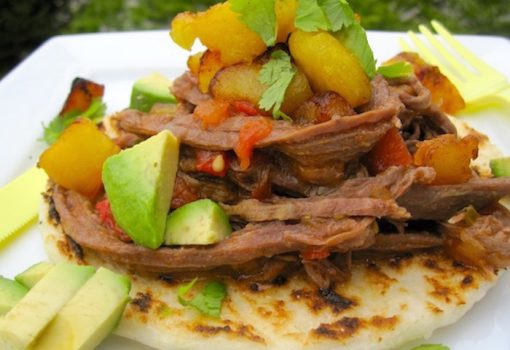 Receta de Arepa con Carne Desmechada